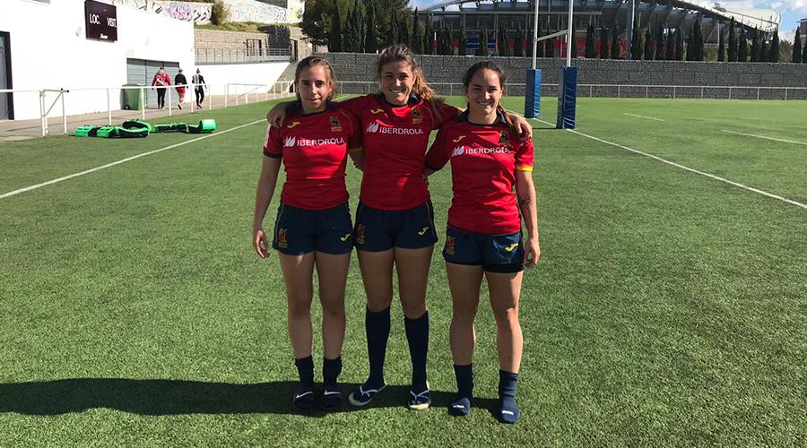 Tres rhinas con las Leonas7s en Montpellier